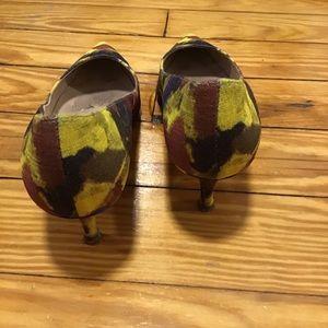 Manolo Blahnik Shoes - Manolo Blahnik Yellow Brown Dot Pointed Heels 9